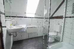 Bíborka stúdióapartman fürdőszoba