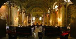 A sümegi túrák egyik helyszíne - A híres Maulberts freskókkal díszített Plébánia templom, amelyet a helyet jól ismerők a magyarországi Sixstus-kápolnaként is emlegetnek - a teljes templombelső freskókkal díszített